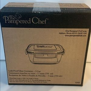 Pampered Chef Leakproof Glass Container 3 cup
